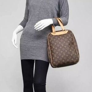 Authentic Louis Vuitton Bag Excursion